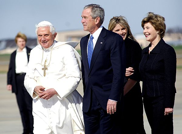 thextraordinarionly President Bush and the Pope Photo on the Government and public health care blog post